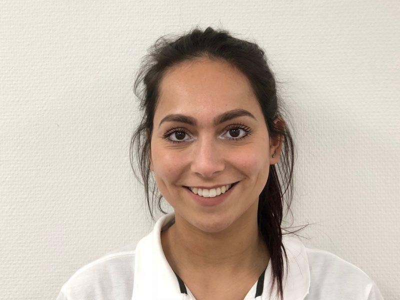Djenice Haumahu, tandarts